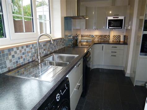 Chimney Installation In Kitchen by Mg Cs 94 Feedback Kitchen Fitter Carpenter Joiner In Crewe