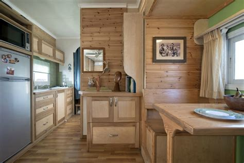 tiny house mobile and this awesome small mobile houses home tiny house clothesline tiny homes amazing tiny house on wheels truck converted into