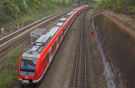 Auto Blitz Ludwigsburg by S Bahn Verkehr Gest 246 Rt Nach Blitzeinschlag