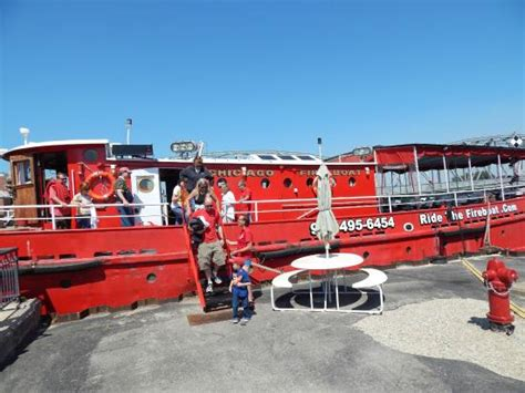 fireboat ride sturgeon bay chicago fire boat picture of ride the fireboat sturgeon