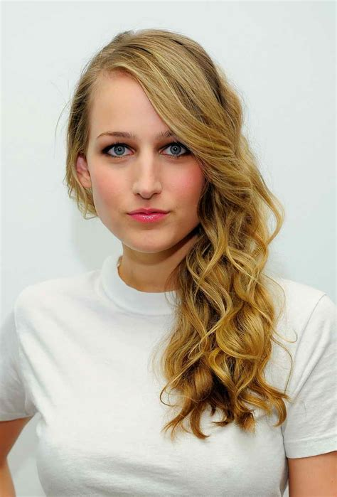 leelee sobieski bra size age weight height measurements leelee sobieski height and weight celebrity weight page 3