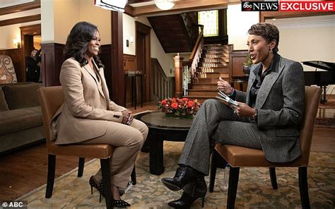 robin roberts michelle obama special michelle obama takes gma s robin roberts back to her