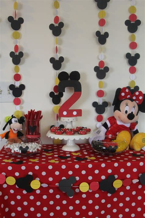 Minnie Mouse Birthday Decoration by Decorating The Dorchester Way Simple Minnie Mouse