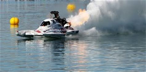 worlds fastest outboard boat fastest boat in the world speed