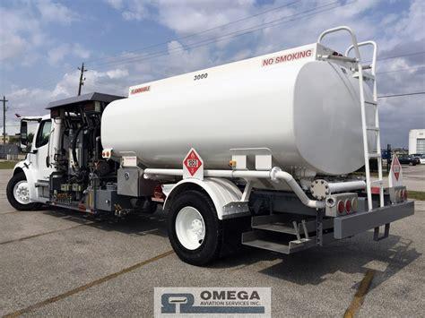 sale  mercedes benz business class  titan fuel truck  hoses   wing  hose
