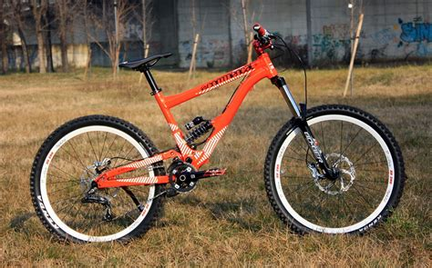 commencal supreme 6 commencal supreme 6 2012 pive s bike check vital mtb