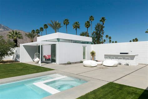 Mid Century Modern Ranch House midcentury modern white house in palm springs california