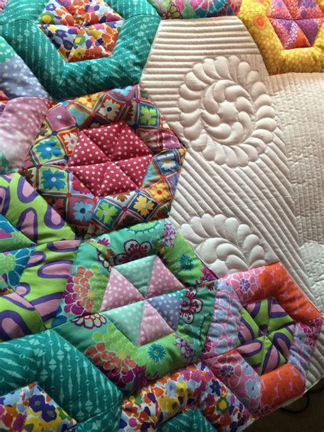 Mctavish Quilting by 17 Best Images About Hexagon Quilts On