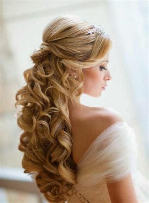 Brautfrisur Blond by Brautfrisur Halboffen Kommen Sie Mit Stil Unter Die