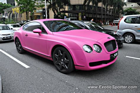 pink bentley convertible cars archive hiltons pink bentley pictures