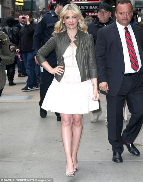 Michelles Arrives At Nyc Apt This Morning by Gellar Stuns In Black Leather Jacket