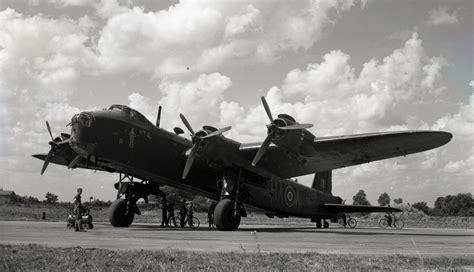 The Squadron no 218 gold coast squadron stirling s 1942 1944