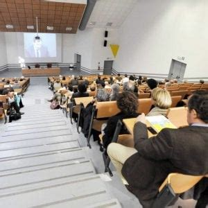 economia aziendale test d ingresso l universit 224 di torino conferma il numero chiuso a