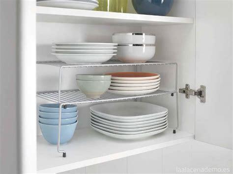 interior armarios cocina 5 ideas para organizar armarios y cocina la alacena de mo
