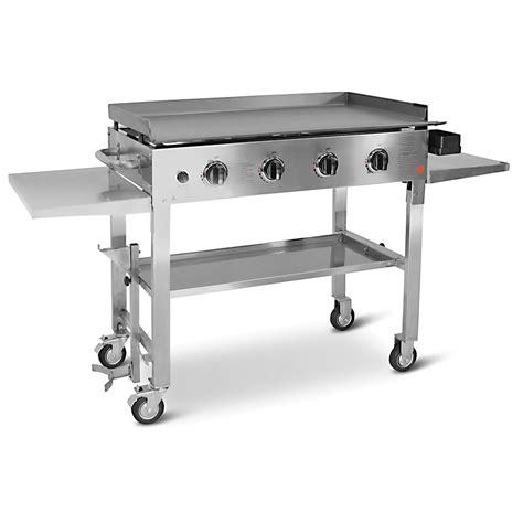 backyard grill customer service the backyard flat top grill hammacher schlemmer