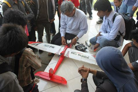 Drone Buatan Indonesia 301 moved permanently