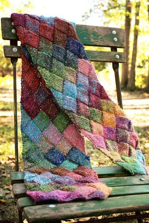 Unsupported Pattern Js | entrelac scarf craftsy