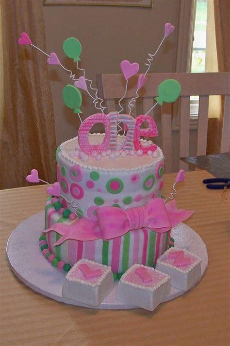 birthday cakes    year  girl firstbirthdaycakeforbabygirljpg desserts