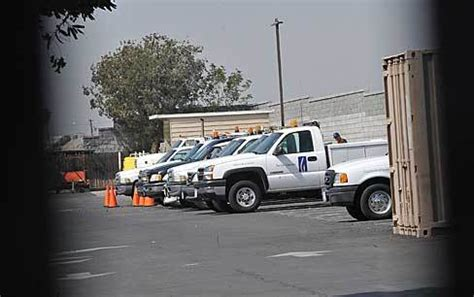 Socalgas Office by Suspect In Gas Company Slayings Shoots Himself Orange