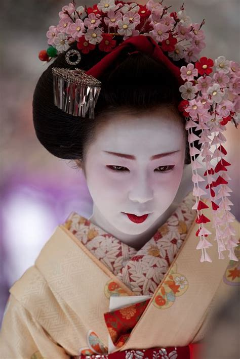 traditional hair traditional geisha hair www imgkid com the image kid