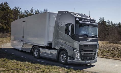 volvo truck and trailer volvo trucks continuous fuel focus pays trucks uk