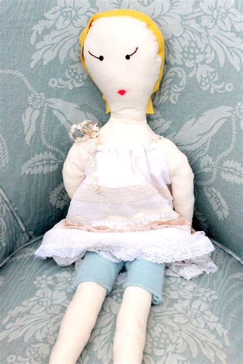 Handmade Doll Tutorial - handmade doll tutorial