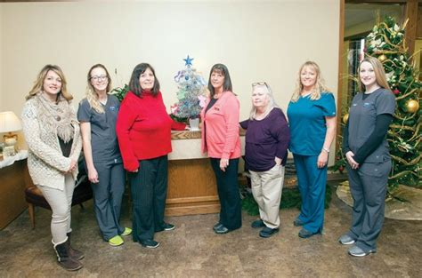 Merchants And Planters Bank Newport Ar by Program Gives Back To Seniors