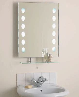 Small Bathroom Mirror Ideas by Spacious Small Bathroom Decorating With Mirrors