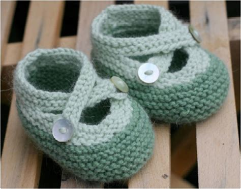 knitting booties the 23 most adorable baby booties and sandals you can make