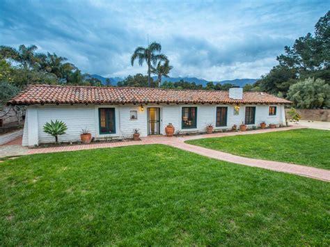 luxus immobilien im spanischen stil ferienhaus mit bergblick in hedgerow mieten 4480125