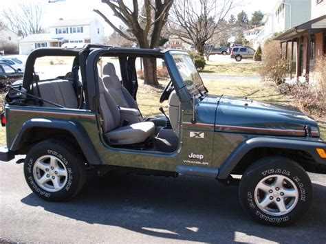 jeep dark green dark green jeep wrangler top down pictures to pin on