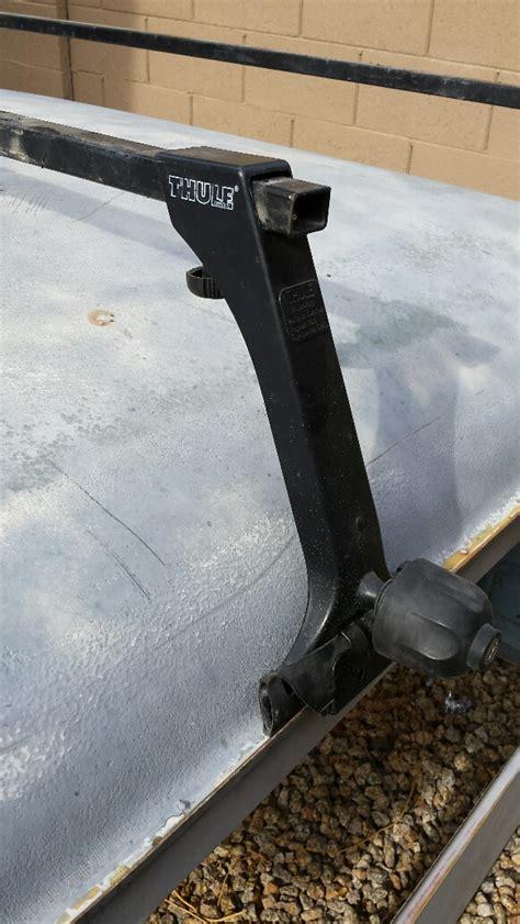 Roof Rack Gutter Mounts by Fs Thule Roof Rack Bars W Locking Gutter Mounts