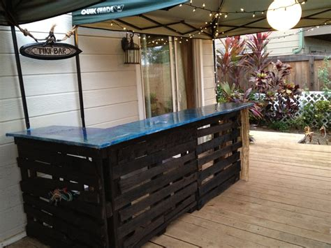 Outdoor Bar Countertop Ideas by Awesome Deck With Outdoor Bar Diy Made Of Wooden Material