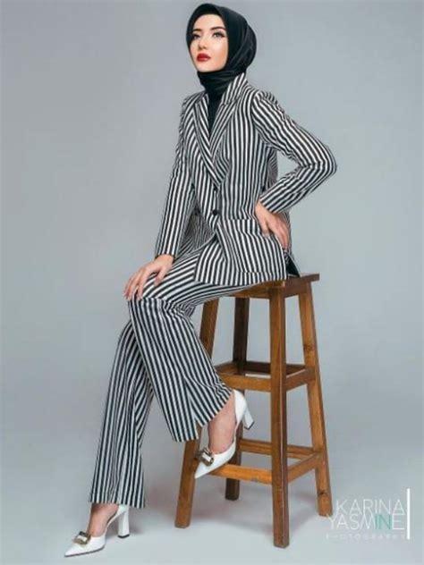 gambar desain zaskia sungkar pose seksi kala peragakan baju muslimah zaskia sungkar