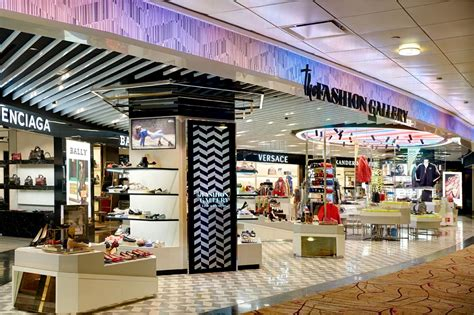 lagardere opens  improved fashion gallery travel