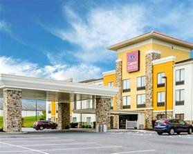 comfort suites amish country in lancaster pa 717 299 7