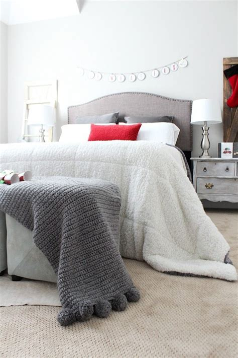 warm things comforters christmas home tour with country living