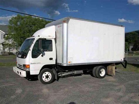isuzu box truck isuzu npr isuzu 2000 box trucks