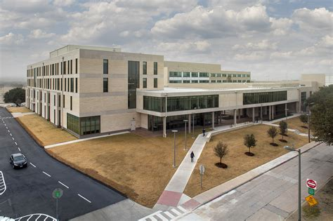 Of At Dallas Jindal Mba by The Of At Dallas Naveen Jindal School Of