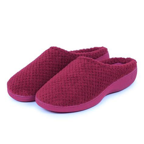 isotoner mule slippers isotoner popcorn terry mule slippers ebay