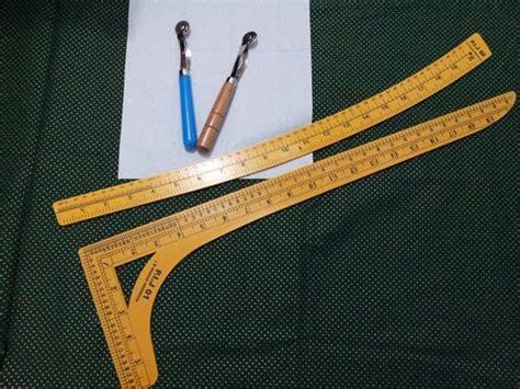 Celana Kerja Kantong Bobok membuat pola pakaian dengan penggaris pembentuk danitailor