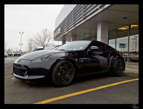 nissan 370z blacked out 370z blacked out lookin freshasfuck don t let
