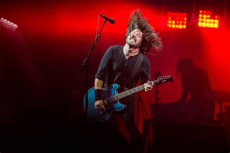 foo fighters fan hundreds of foo fighters fans turned away from gig
