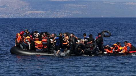 refugee crisis europe boat syrian refugees drown off coast of turkey news al jazeera