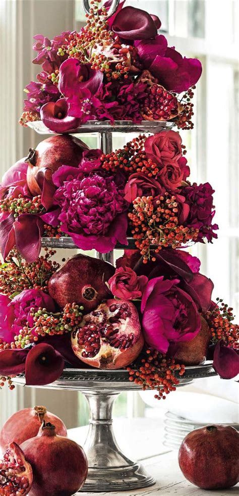 44 xmas center pieces 2228 best floral design styles images on