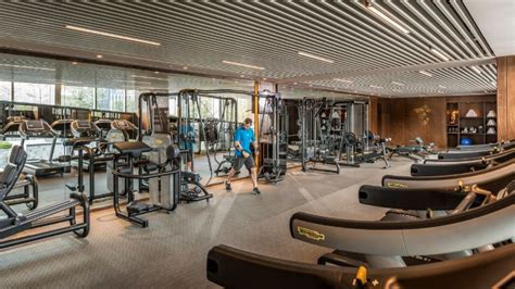 Home Workout Studio Design shenzhen hotel gym fitness facilities four seasons