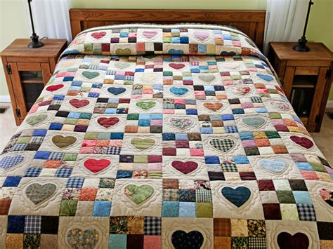Amish Patchwork Quilts - hearts and nine patch quilt exquisite smartly made