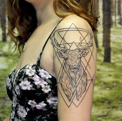 geometric tattoo artist instagram geometric stag on shoulder instagram michaelbalesart by
