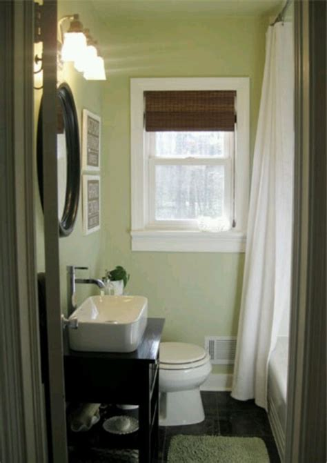 this not that finding the right paint colors this bath and paint walls