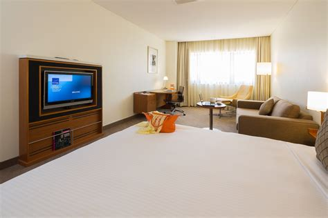 king room executive king room hotel rooms novotel canberra